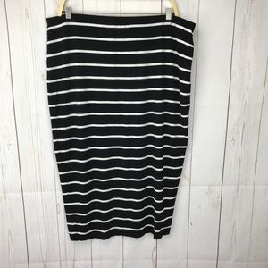 Vince Camuto Black White Striped Pencil Skirt L